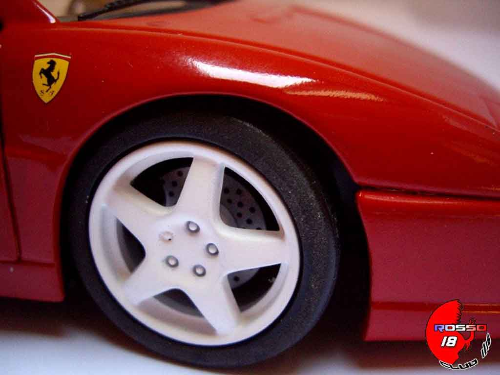 Ferrari F355 Berlinetta challenge rouge tuning Hot Wheels. Ferrari F355 Berlinetta challenge rouge miniature auto miniature 1/18