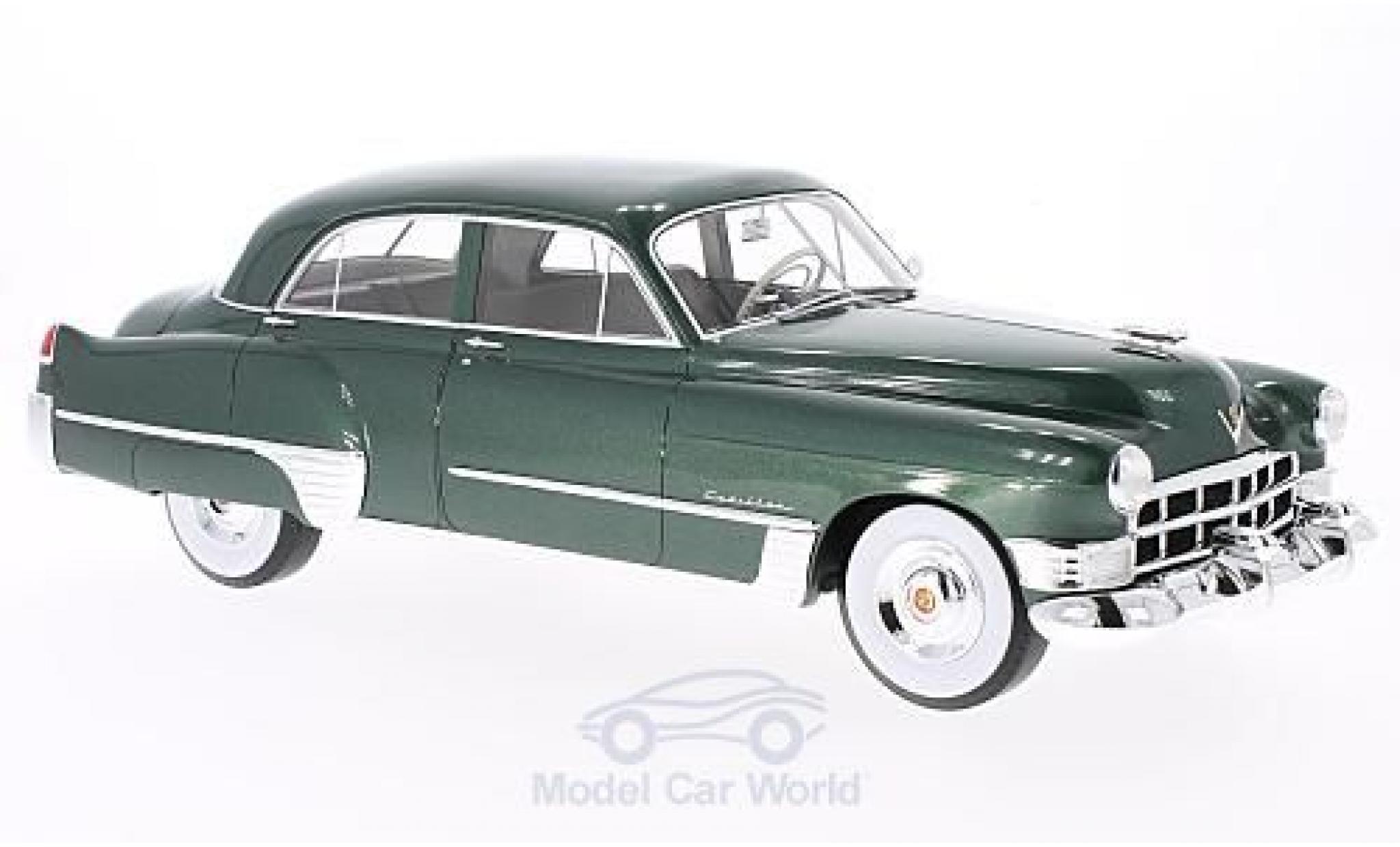 Cadillac Series 62 1/18 CMF Touring Sedan metallise verte 1949