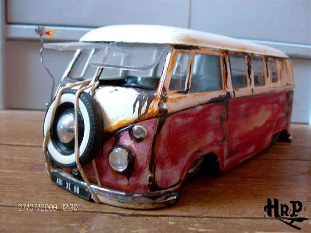 Volkswagen Combi 1/18 Solido hoodride