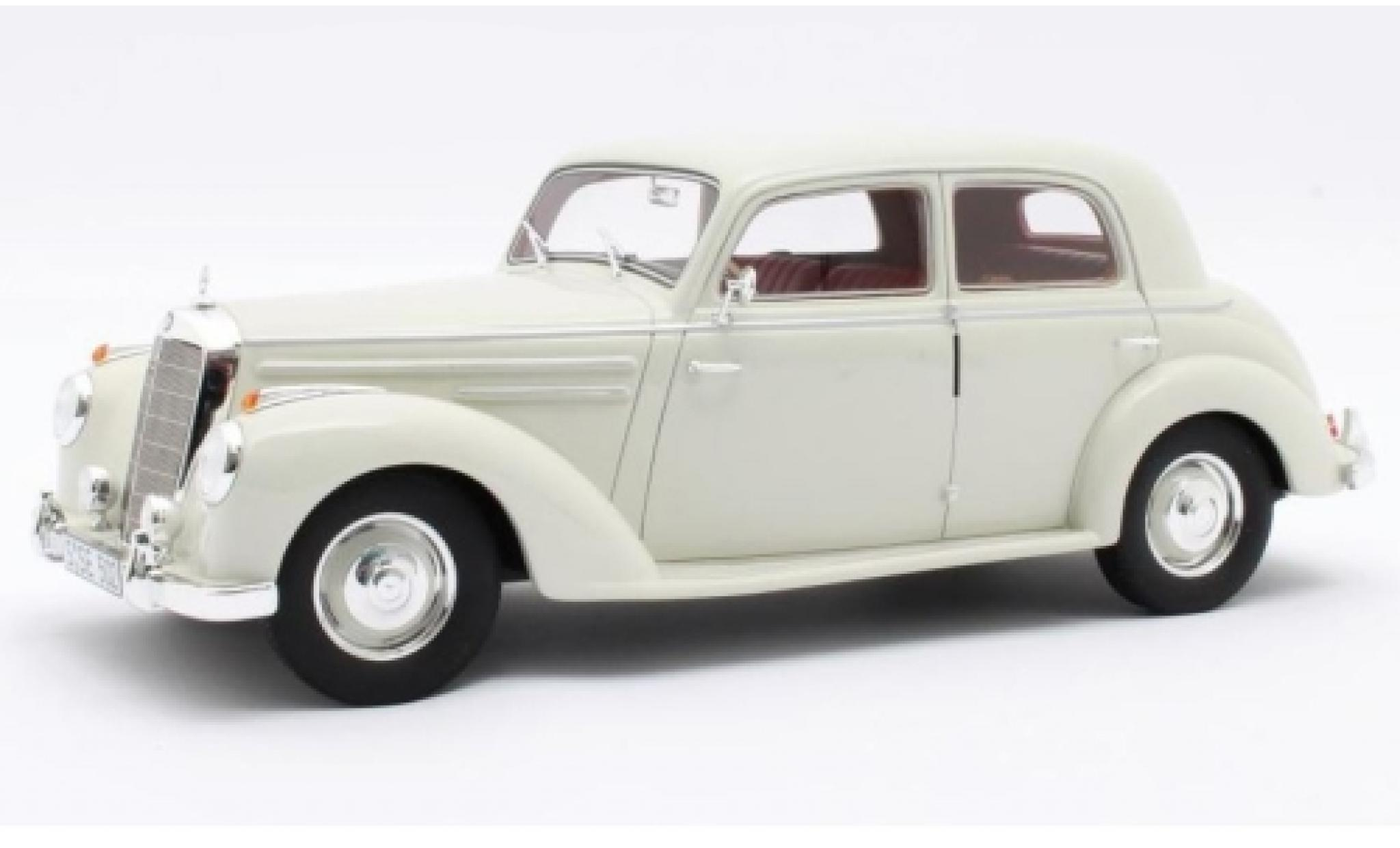 Mercedes 220 1/18 Cult Scale Models (W187) beige 1953