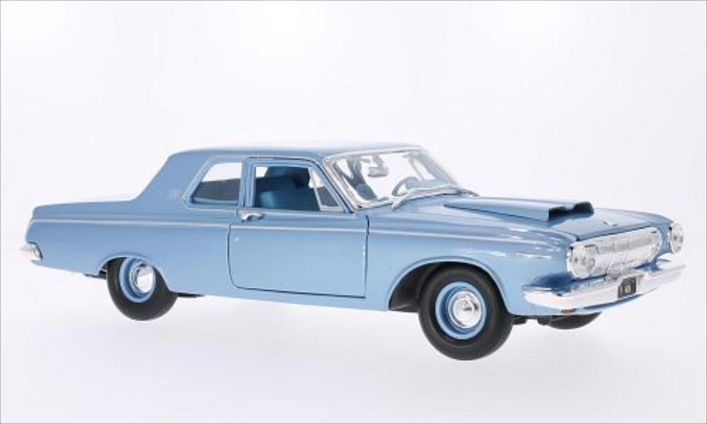 Dodge 330 1/18 Maisto metallise bleu 1963 miniature