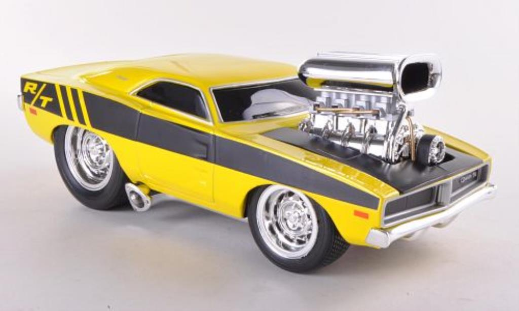 dodge charger r t gelb schwarz 1969 maisto modellauto 1 24. Black Bedroom Furniture Sets. Home Design Ideas