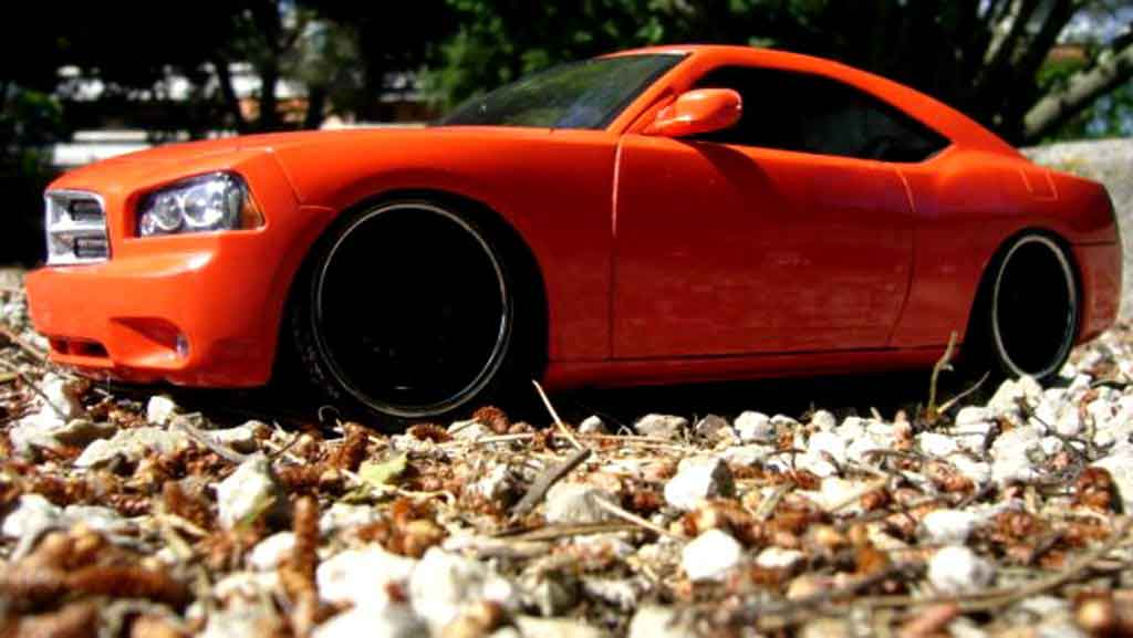 Dodge Charger Daytona 1/18 Welly daytona coupe west coast customs sema 2005