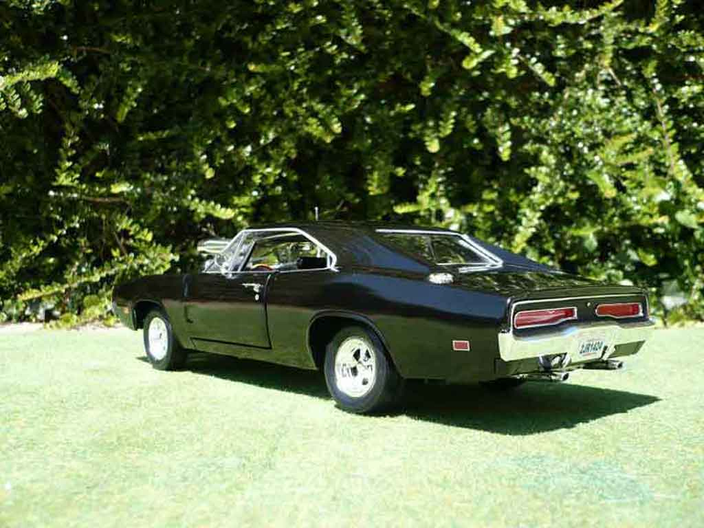 Voiture de collection Dodge Charger 1970 fast and furious 1 Ertl. Dodge Charger 1970 fast and furious 1 Fast and Furious miniature 1/18
