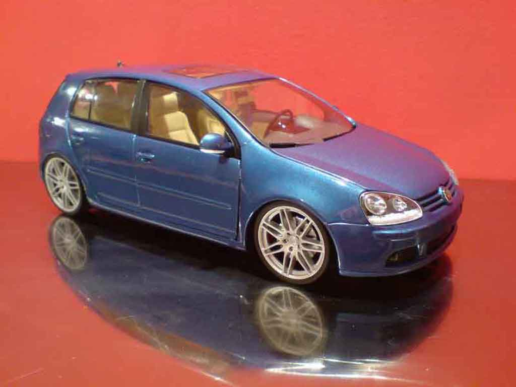 Volkswagen Golf V GTI 1/18 Burago rs5 tuning diecast model cars