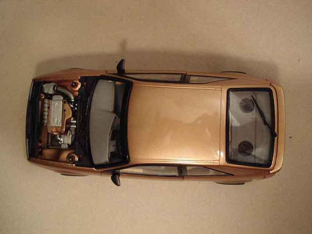 Volkswagen Corrado VR6 1/18 Revell jantes ats