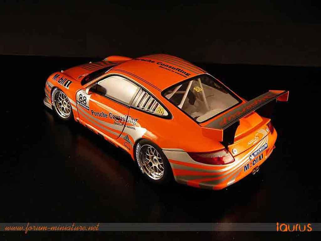 Porsche 997 GT3 CUP 1/18 Autoart GT3 Cup vip #88