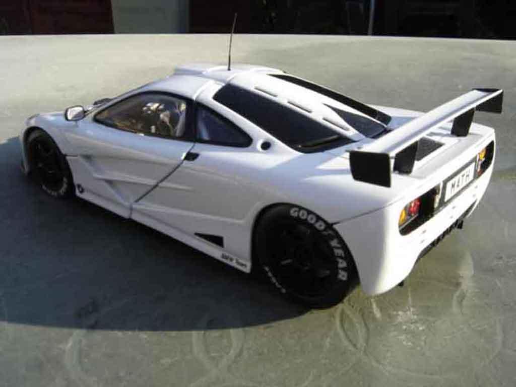 McLaren F1 1/18 Ut Models gtr blanche