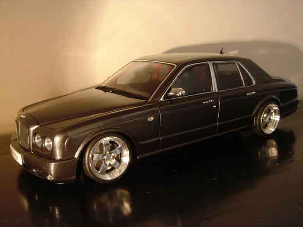 Bentley Arnage 1/18 Minichamps t 2007 tuning miniature