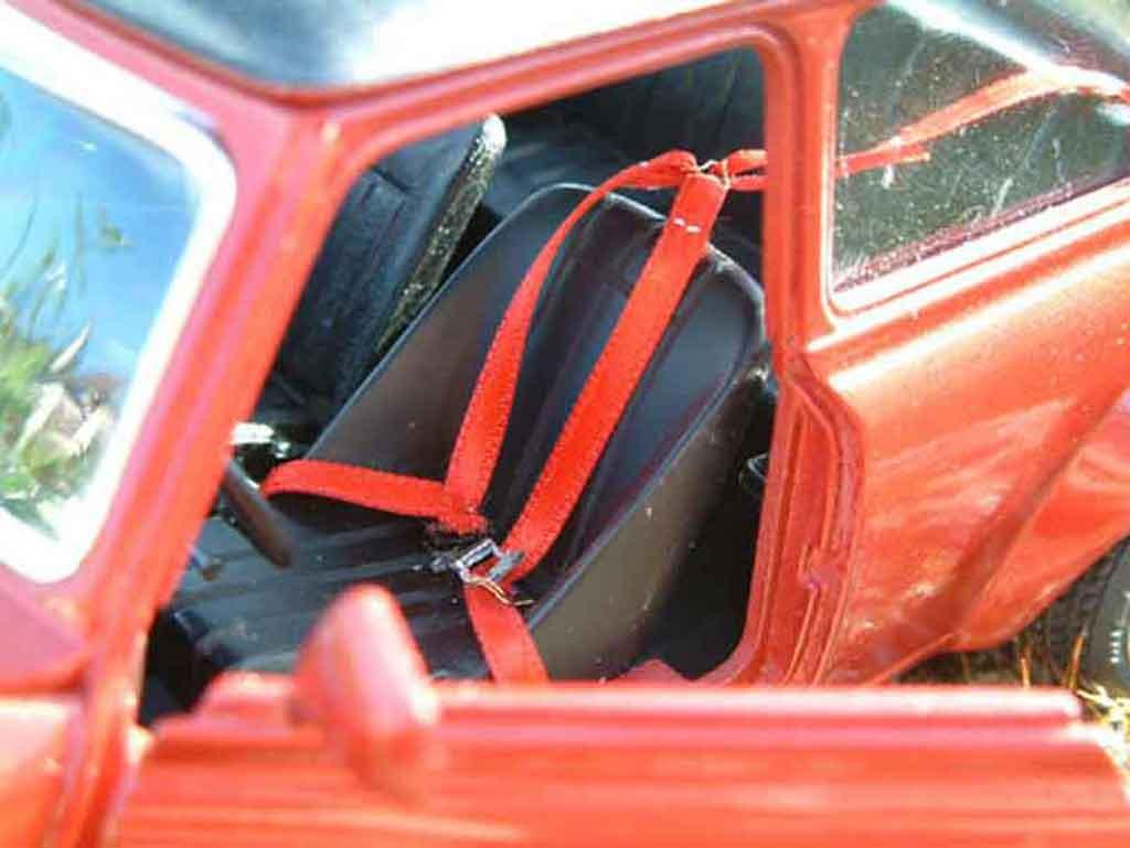 Austin Mini Cooper 1/18 Burago racing