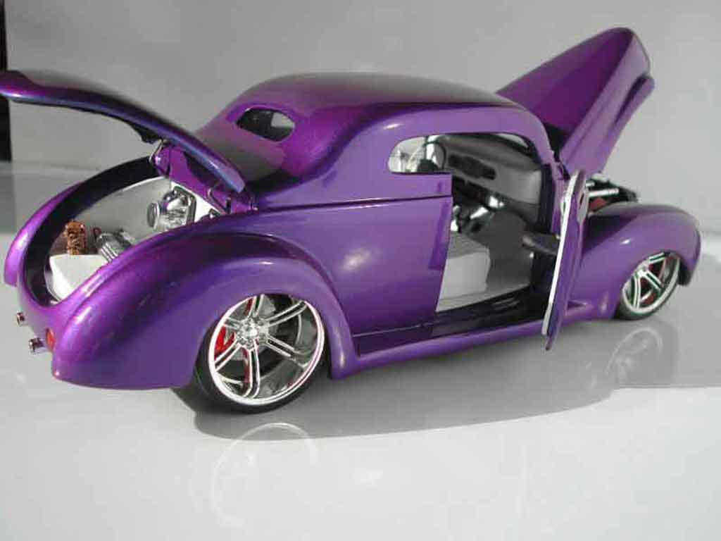 Ford 1940 1/18 Universal Hobbies hot rod tuning coche miniatura
