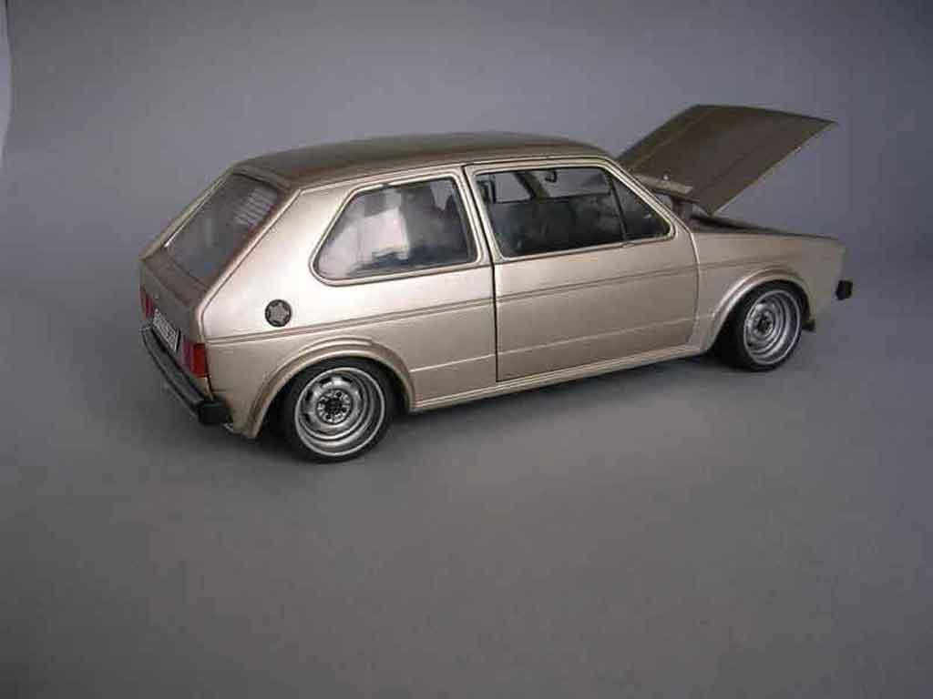 Volkswagen Golf 1 GTI 1/18 Solido moteur g60