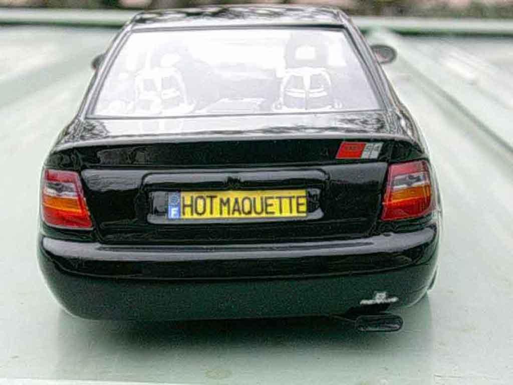 Audi A4 1/18 Ut Models s4 noire