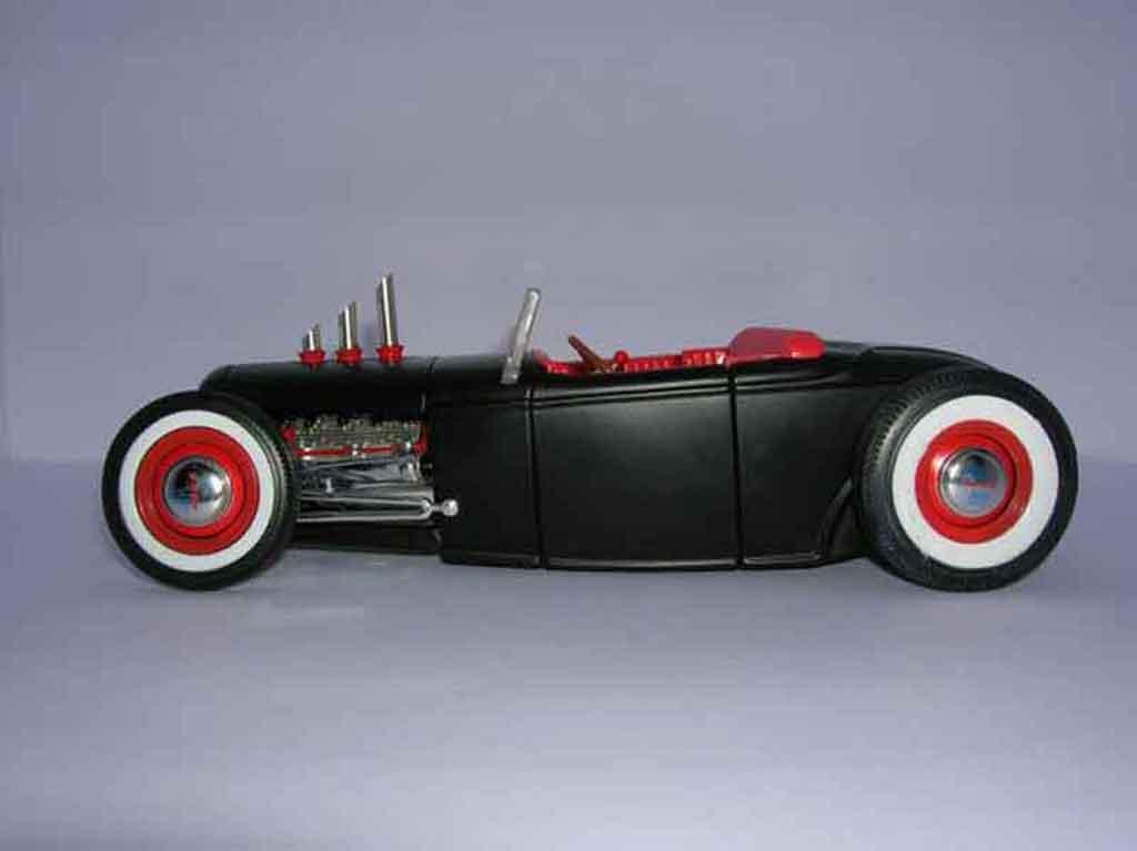 Ford 1932 1/18 Ertl hot rod