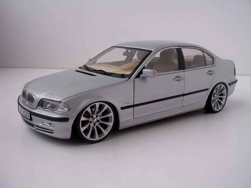 bmw 330 e46 miniature m line jantes m5 kyosho 1 18 voiture. Black Bedroom Furniture Sets. Home Design Ideas