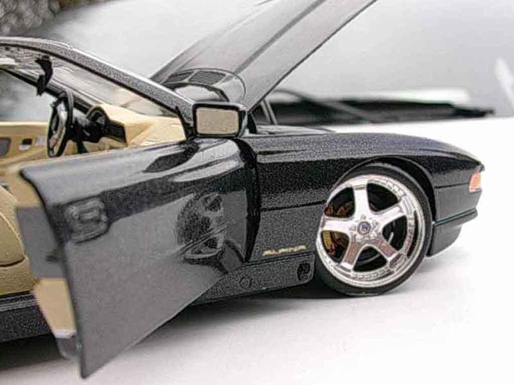 Bmw 850 E31 Ci Black Z8 Alpina Revell Diecast Model Car