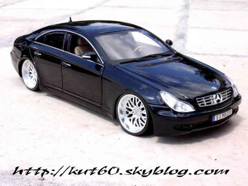 Mercedes CLS german look tuning Maisto. Mercedes CLS german look DUB miniature modèle réduit 1/18