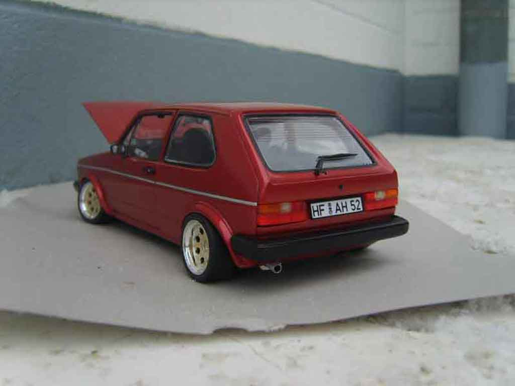 Volkswagen Golf 1 GTI rouge mk1 1982 grands feux tuning Solido. Volkswagen Golf 1 GTI rouge mk1 1982 grands feux miniature auto miniature 1/18