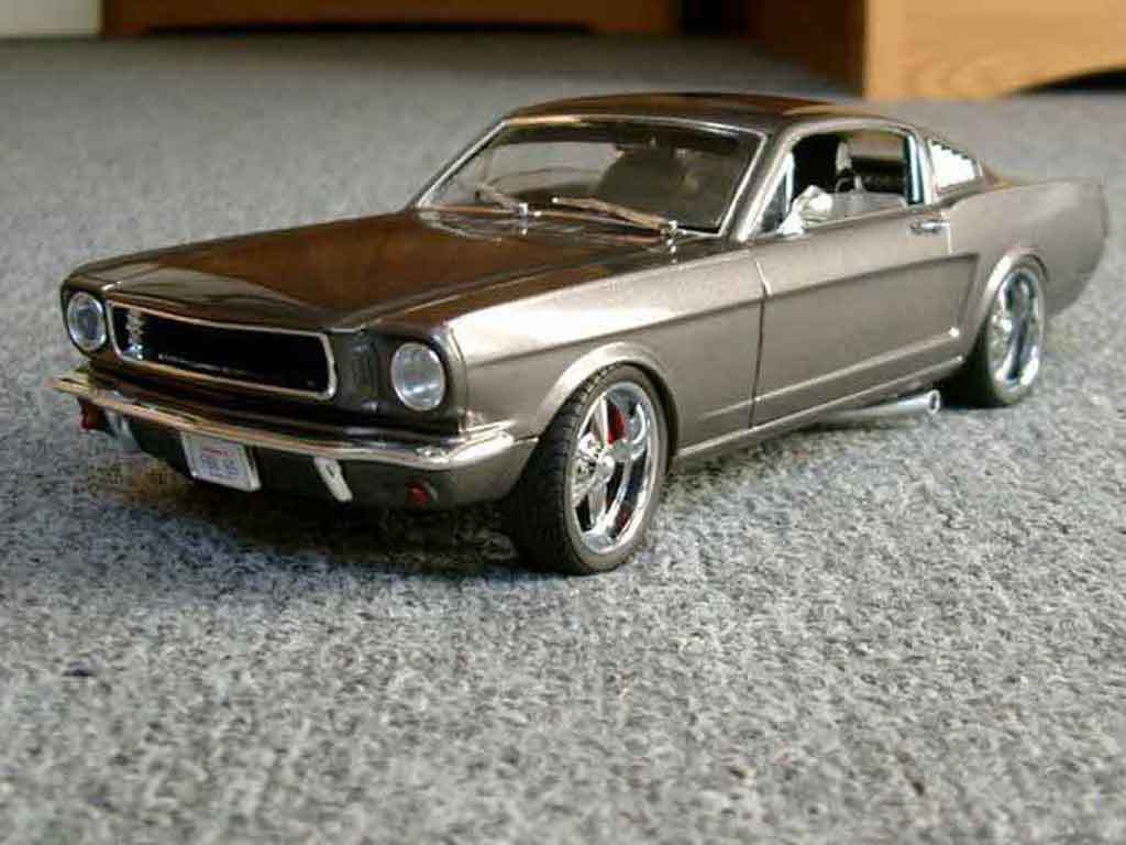 Ford Mustang 1965 1/18 Jouef coupe fastback tuning miniature