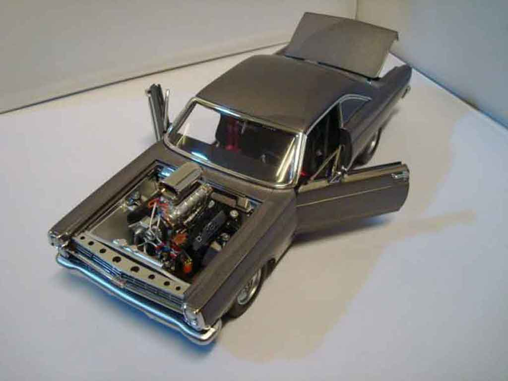Ford Fairlane 1966 1/18 GMP 427 street machine limited edition nr 817 von 1250