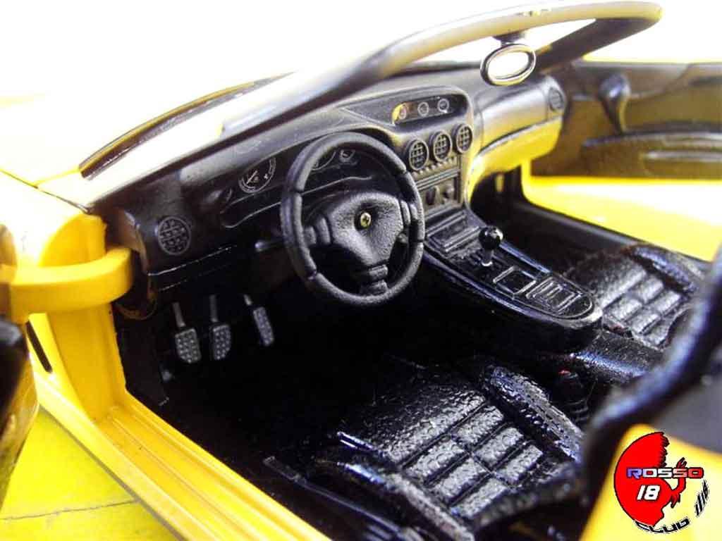 Ferrari 550 Barchetta 1/18 Hot Wheels monegasque l292