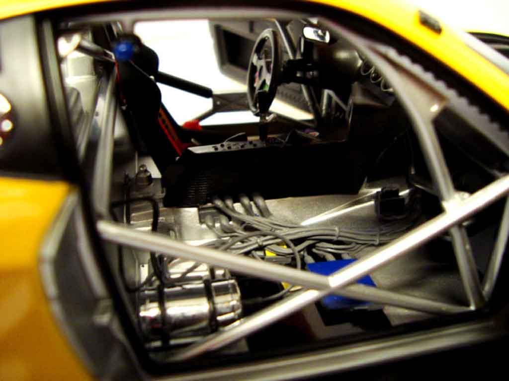 Ferrari 575 GTC 1/18 Kyosho evoluzione 2005 jaune