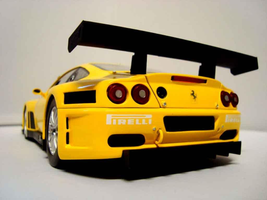 Ferrari 575 GTC 1/18 Kyosho evoluzione 2005 amarillo coche miniatura