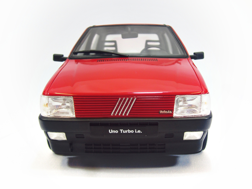 fiat uno miniature turbo i e lm088 rouge 1987 laudoracing models 1 18 voiture. Black Bedroom Furniture Sets. Home Design Ideas