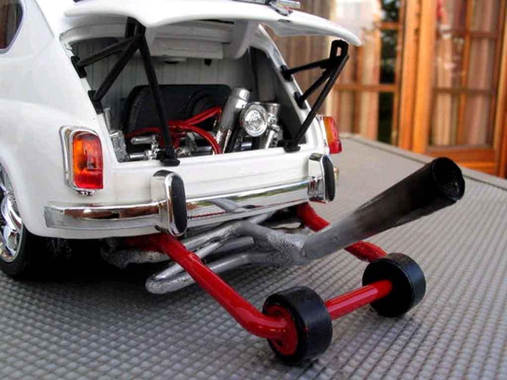 Fiat 850 1/18 Solido moteur vw