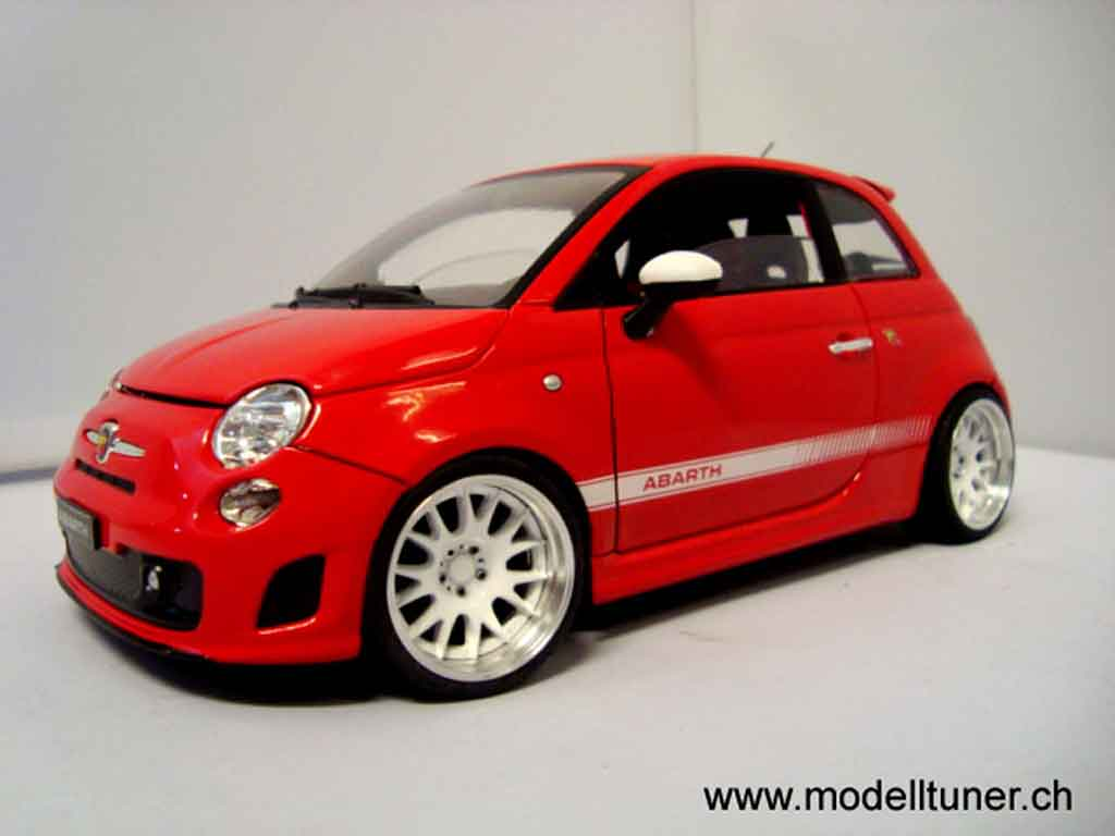 Fiat 500 Abarth 1/18 Mondo Motors rouge 2007 tuning miniature