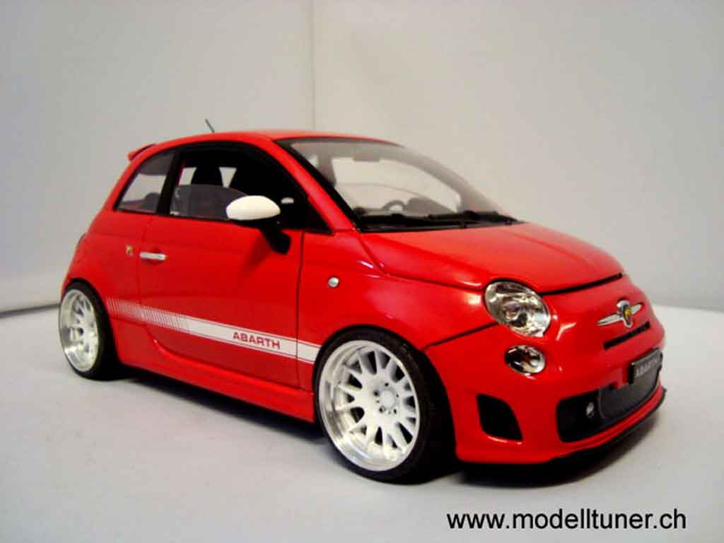 Fiat 500 Abarth 1/18 Mondo Motors red 2007
