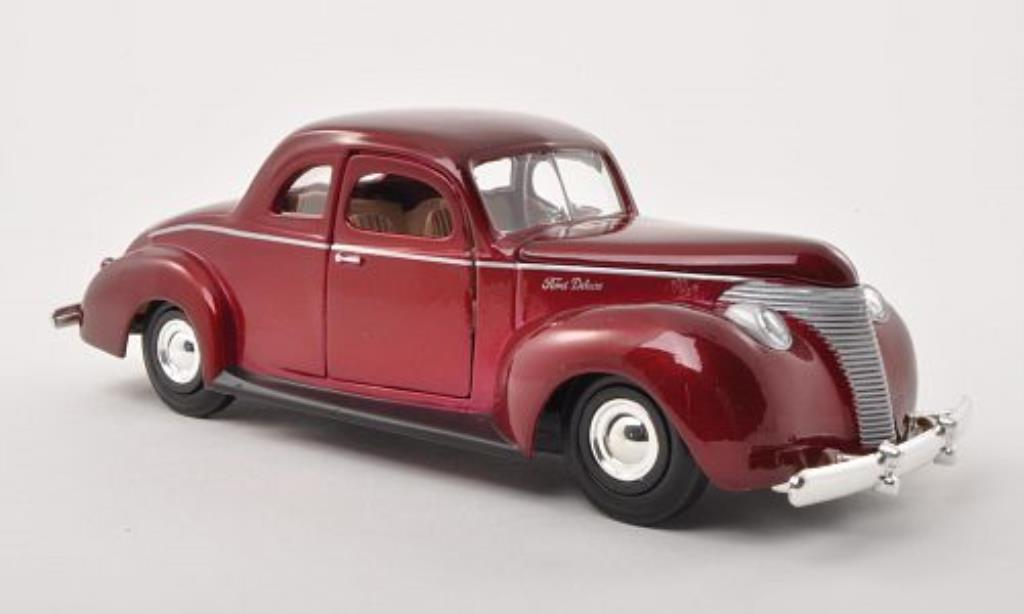 Ford Custom 1/24 Motormax rouge 1940 miniature