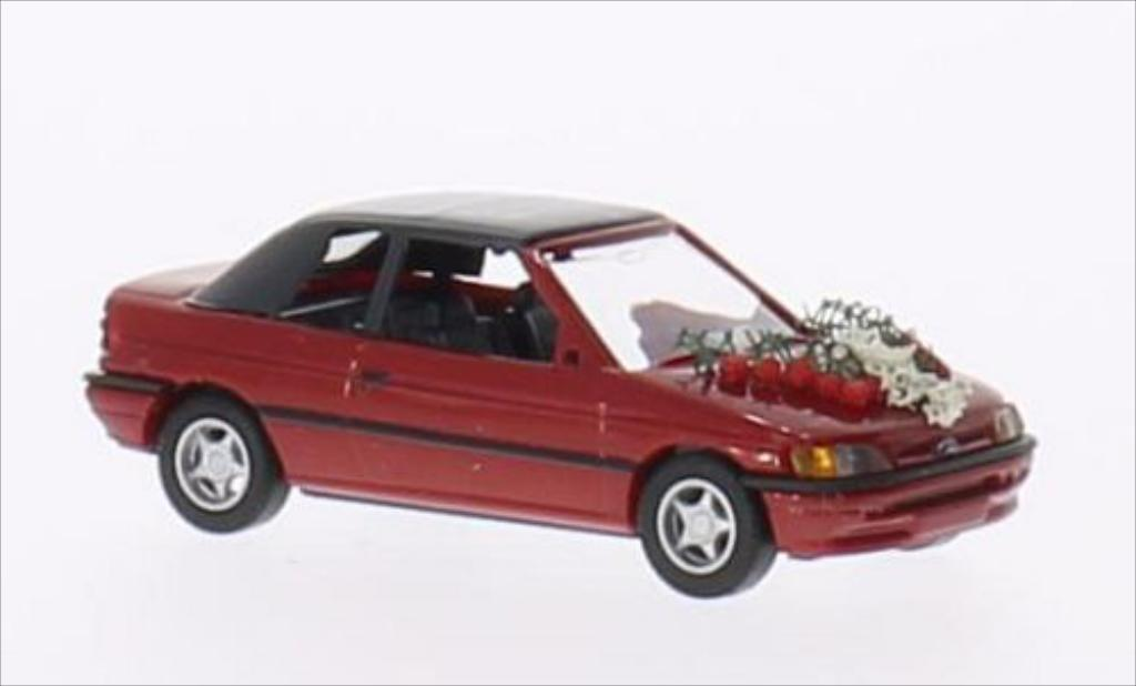 Ford Escort 1/87 Busch Cabriolet metallic-rouge miniature