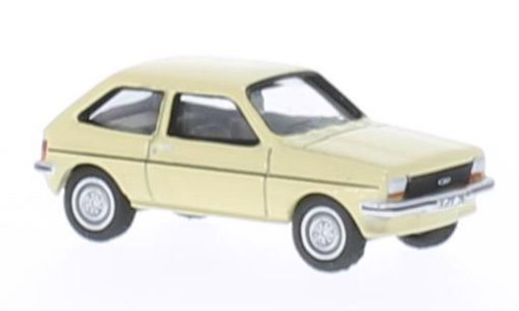 Ford Fiesta 1/87 Bub 76 beige diecast model cars