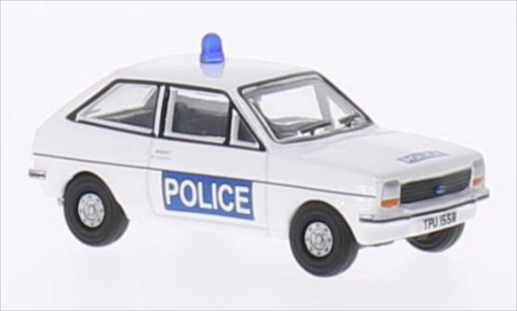 Ford Fiesta 1/76 Oxford MkI Essex Police RHD miniature