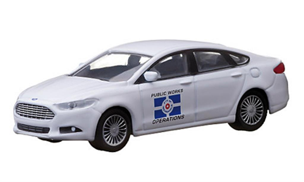 Ford Fusion 1/64 Greenlight Indianapolis Public Work Operations 2013 diecast model cars