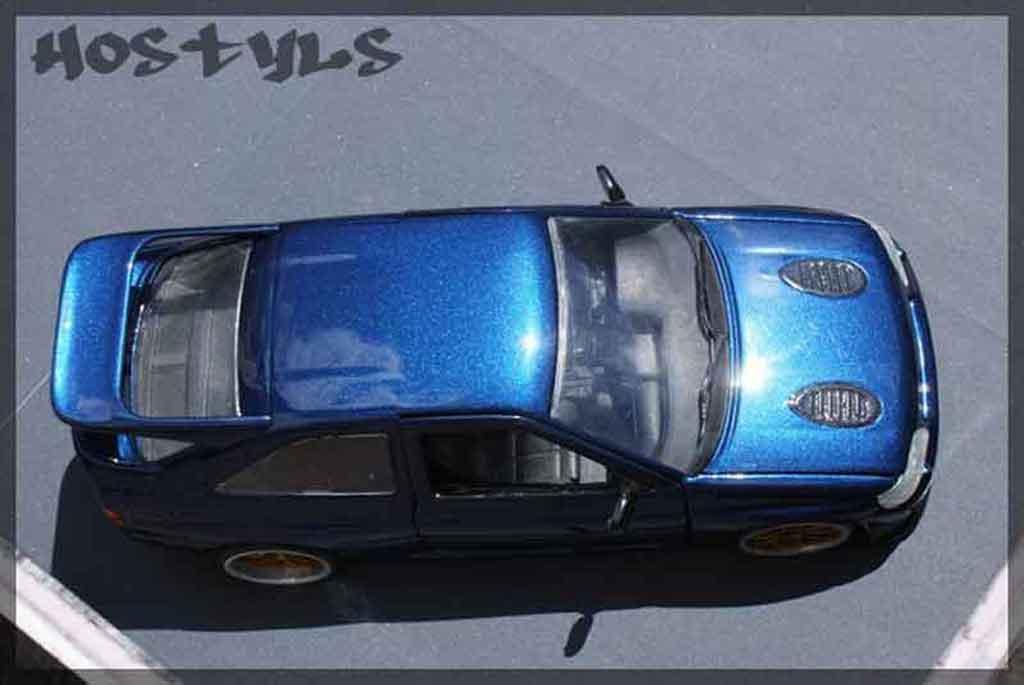 Ford Escort Cosworth 1/18 Ut Models serie limite miki biasion