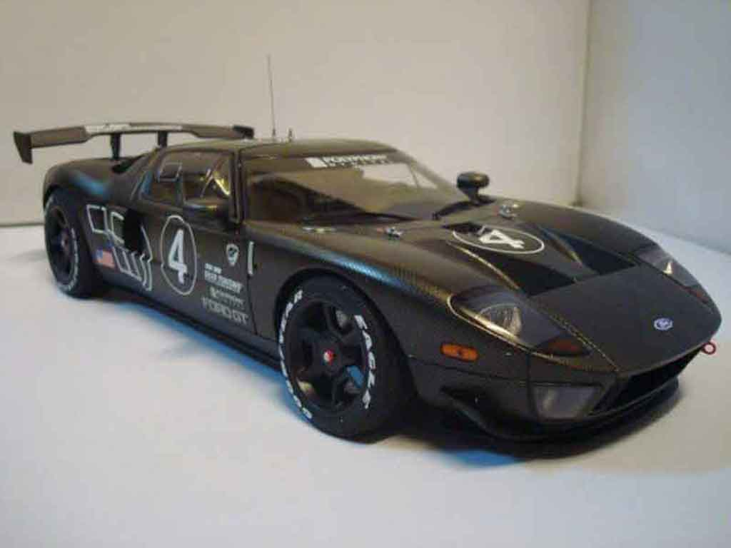 Ford GT 1/18 Autoart millennium 2005 test car #4 carbon miniature