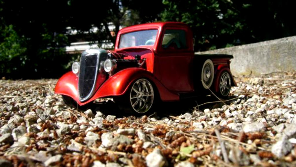 Ford 1934 1/18 Solido red moteur prepare tuning diecast