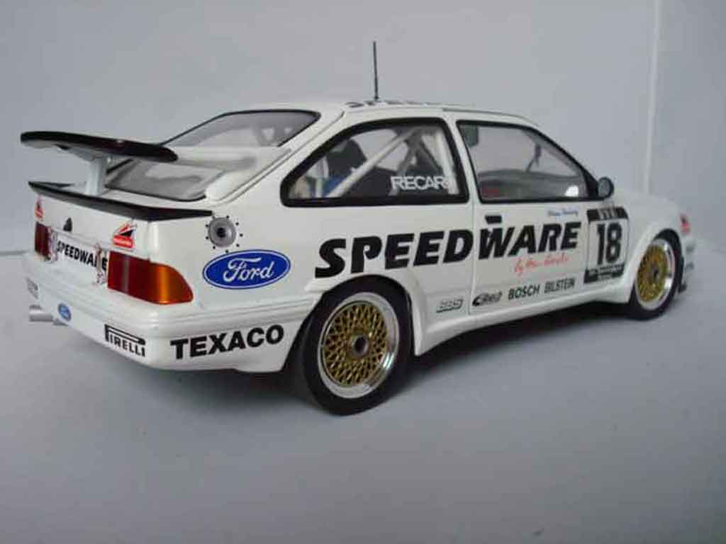 Ford Sierra RS 500 1/18 Minichamps dtm ludwig