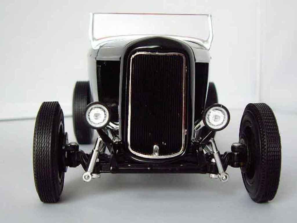 ford 1932 roadster hot rod hot wheels modellauto 1 18 kaufen verkauf modellauto online. Black Bedroom Furniture Sets. Home Design Ideas