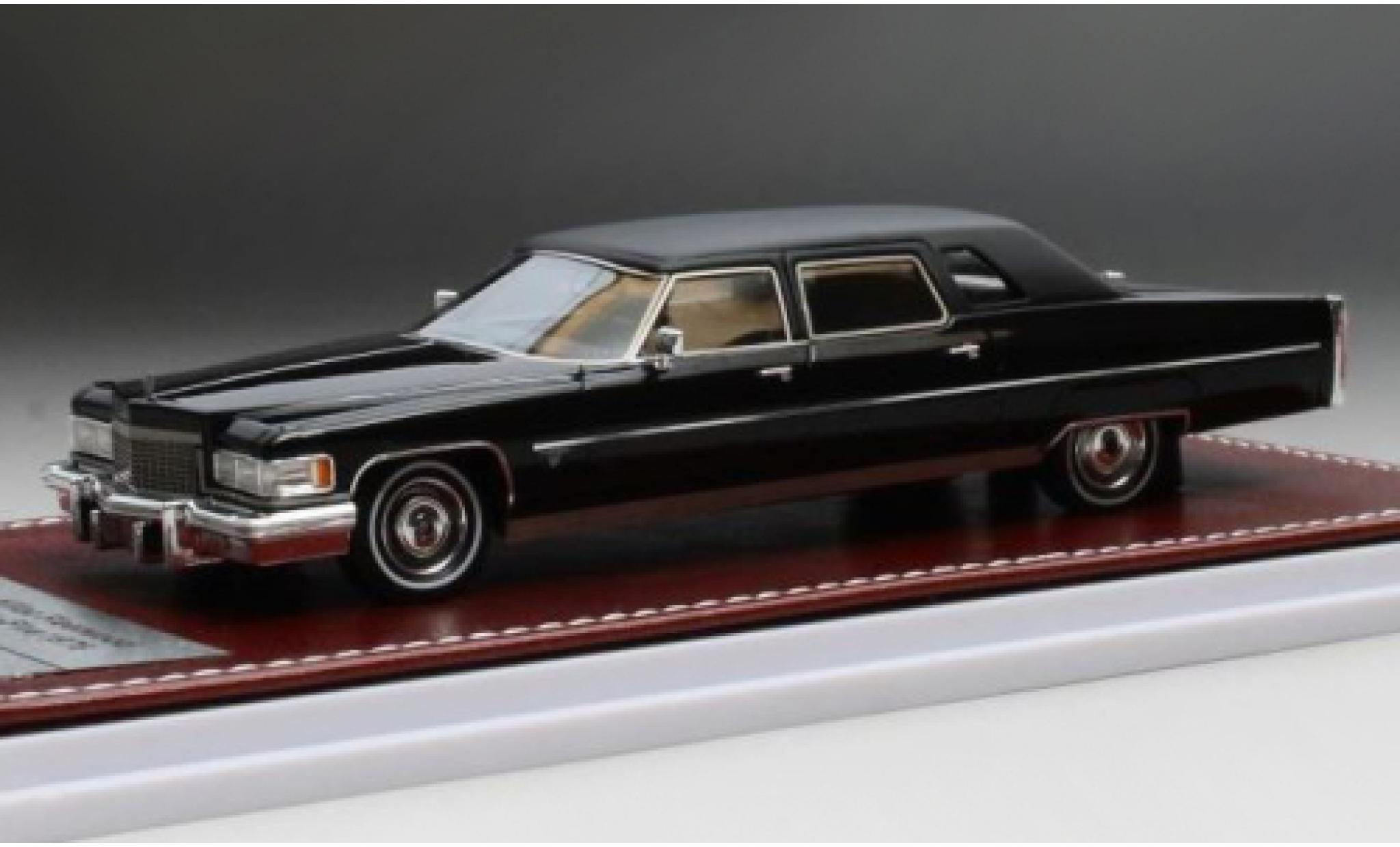 Cadillac Fleetwood 1/43 GIM   Great Iconic Models 75 black/matt-black 1976
