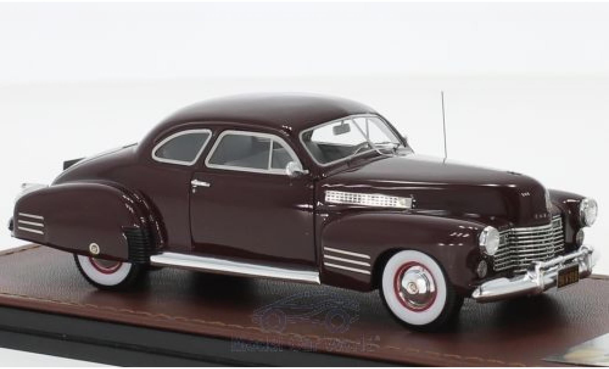 Cadillac Series 62 1/43 GLM Coupe rouge 1941
