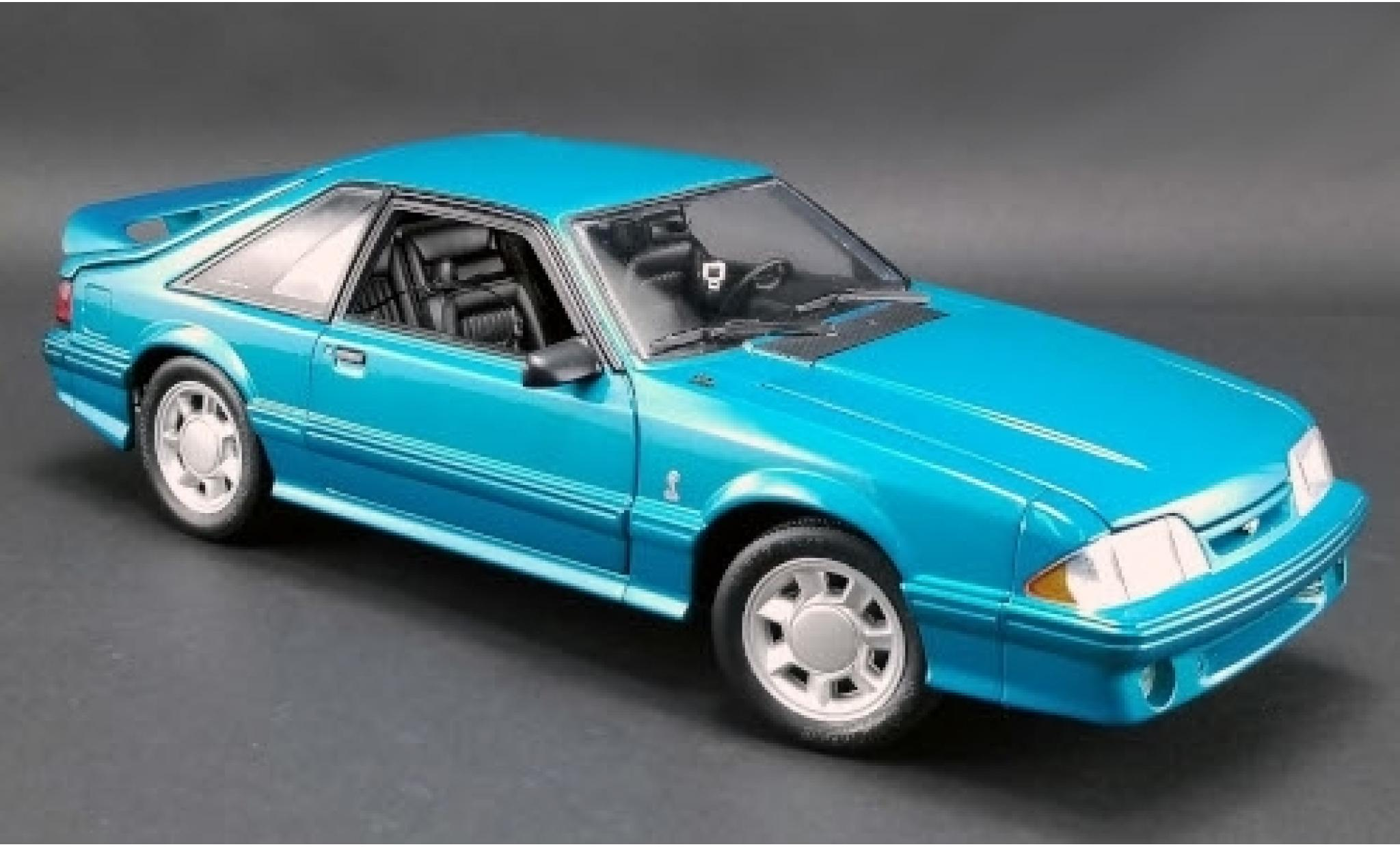 Ford Mustang 1/18 GMP Cobra bleue 1993