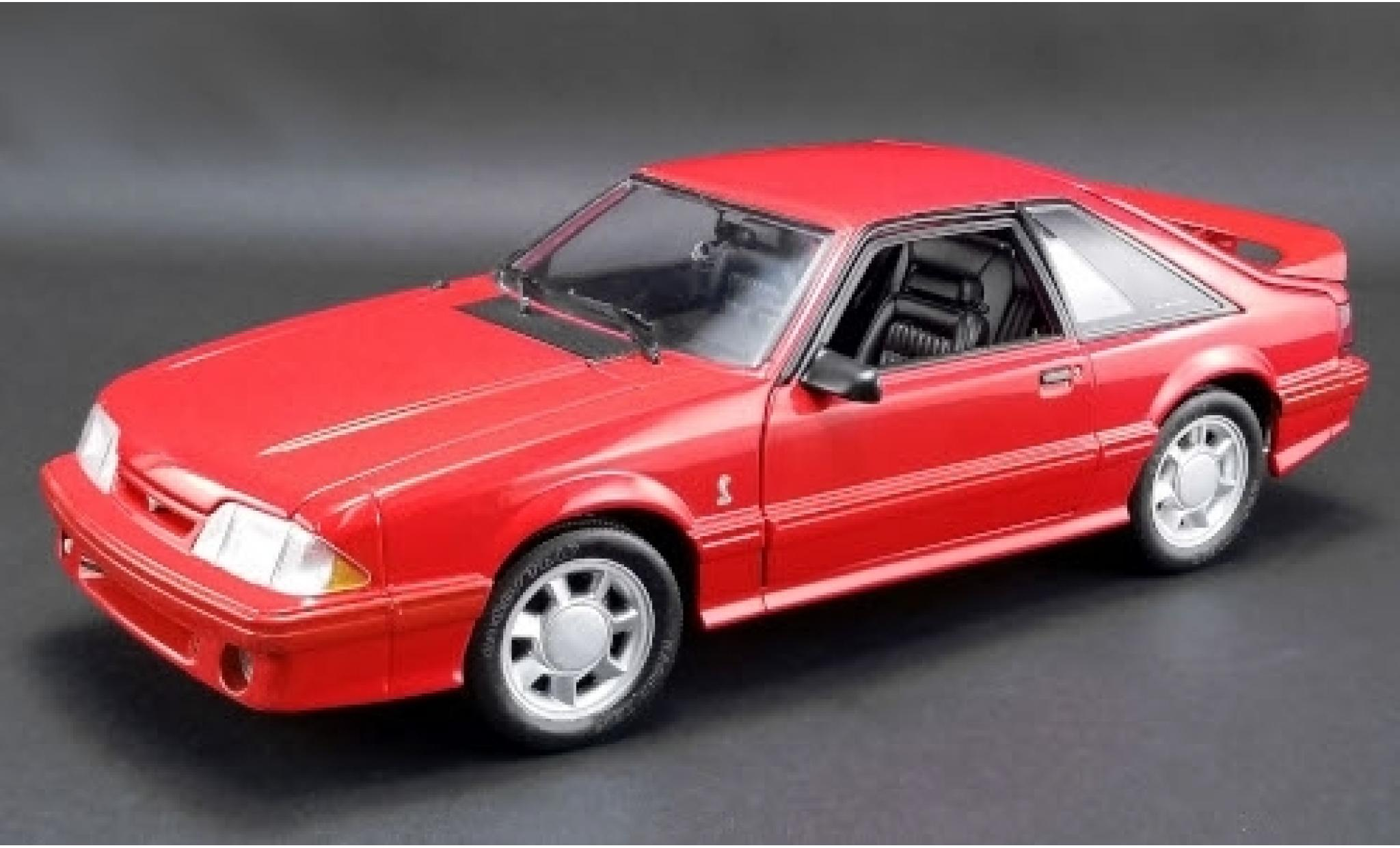 Ford Mustang 1/18 GMP Cobra rouge 1993