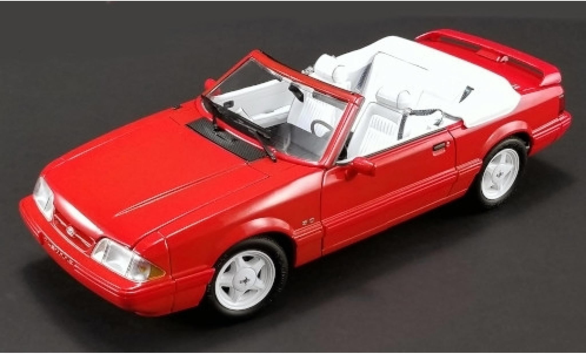 Ford Mustang 1/18 GMP LX 5.0L Convertible Feature Car rouge 1992 Softtop liegt bei