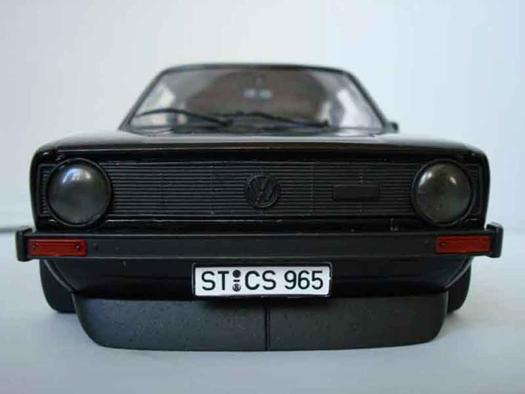 Volkswagen Golf 1 GTI 1/18 Solido German Look jantes bords larges