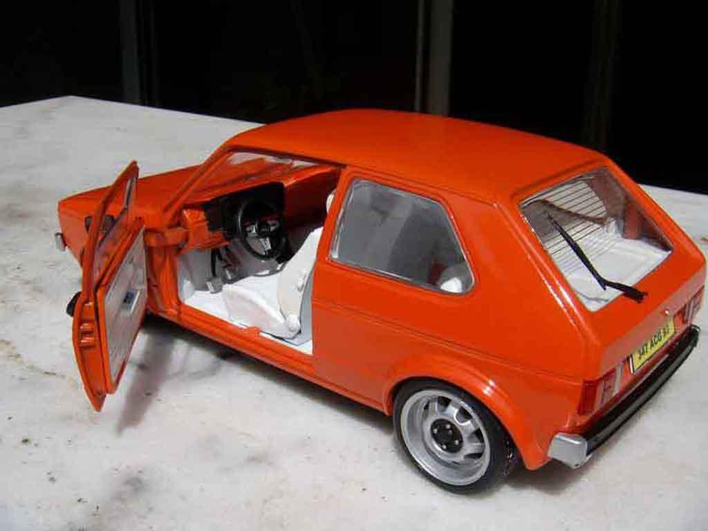 Volkswagen Golf 1 GTI 1/18 Solido jantes ATS 15 pouces orange