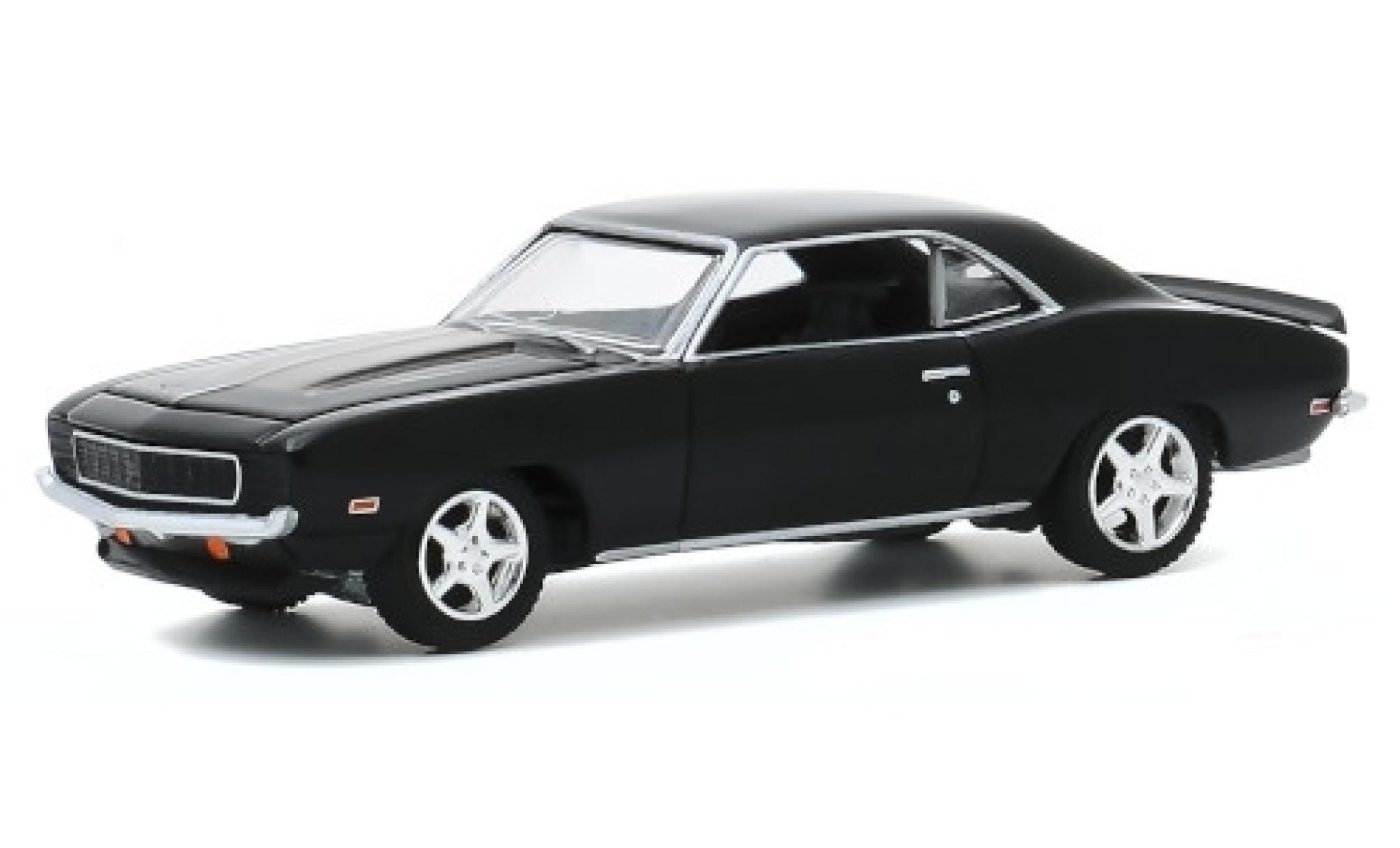 Chevrolet Camaro 1/64 Greenlight Tux black 1969