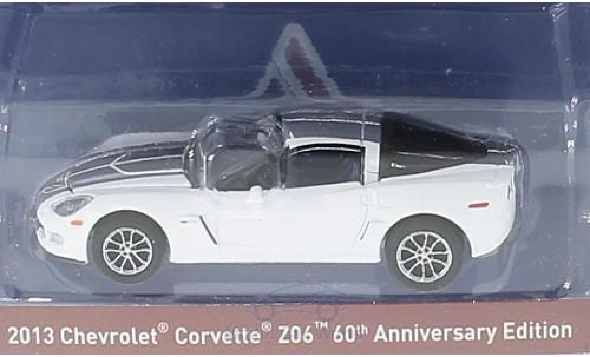 Chevrolet Corvette C6 1/64 Greenlight white/grey 2013 60th Anniversary Edition